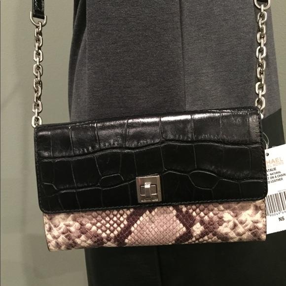 66d0a81e270f98 MICHAEL Michael Kors Bags | Nwt Michael Kors Natalie Xl Wallet On ...